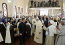 Đức Thánh Cha Thăm Đan Viện Cát Minh Tại Madagascar